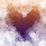 Foro del cuore fatto del fondo lanuginoso della nuvola illustrazione vettoriale