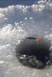 Foro del ghiaccio fotografie stock libere da diritti