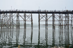 Foro per le barche nel ponte Fotografia Stock Libera da Diritti