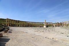 Foro (plaza oval) en Gerasa (Jerash), Jordania Fotos de archivo libres de regalías