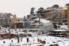 Foro romano bajo nieve Fotografía de archivo libre de regalías