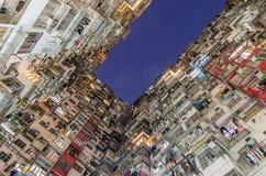 Foro scuro, vecchio appartamento denso, Hong Kong Immagini Stock