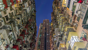 Foro scuro, vecchio appartamento denso, Hong Kong Immagini Stock Libere da Diritti
