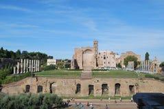 Foro y palatino romanos en Roma en Lazio en Italia Imagen de archivo
