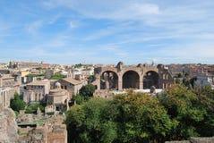 Foro y palatino romanos en Roma en Lazio en Italia Fotografía de archivo