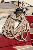 Forqueta e corda em um veleiro Fotografia de Stock Royalty Free