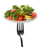 Forquilha com salada fresca Imagens de Stock Royalty Free