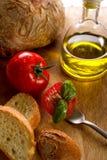Forquilha com tomate da fatia fotos de stock