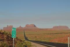 Forrest点 去纪念碑谷的Mille 13高速公路 库存照片