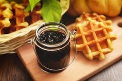Forrest jagody Naturalne i organicznie dżem - Aronia czarna jagoda - Obraz Stock