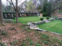forrest und hölzerner Garten stockbild