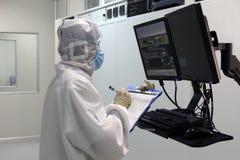 Forscher bei der Arbeit Stockfoto