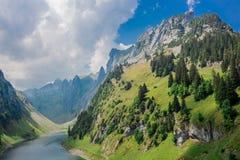 Forschungsausflug durch die schöne Appenzell-Gebirgsregion lizenzfreies stockfoto