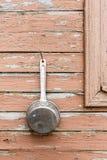 Forsuje na ścianie wioska dom Fotografia Stock