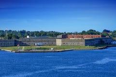 Fort Adams op een Duidelijke Dag stock fotografie