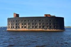 Fort Aleksander St Petersburg, Rosja Nękam w zatoce Finlandia w Kronstadt Fotografia Stock