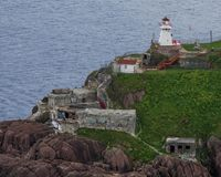 Fort Amherst och fyr i Newfoundland royaltyfria foton