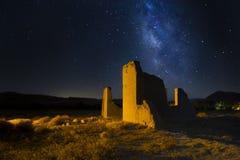 Fort Churchill, Nevada mit Milchstraße Stockfotos