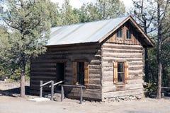 Fort Crook Museum. California US military log bunk House Stock Photos