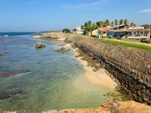 Fort défensif Galé de forteresse de mur et océan image stock