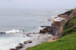 Fort de guérite de Rocky Coast et dans vieux San Juan Puerto Rico photographie stock