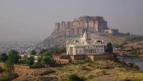 Fort et Jaswant Thada de Mehrangharh photos stock