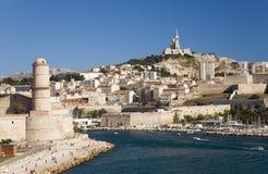 Fort Heilig-Jean und alter Hafen der drittgrößten Stadt in Frankreich, Marseille, Provence, Frankreich auf dem Mittelmeer Lizenzfreies Stockfoto
