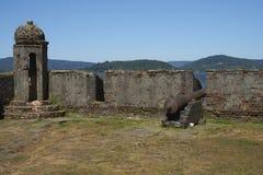 Fort historique protégeant Valdivia au Chili du sud Photos libres de droits