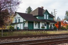 Fort Langley, Kanada - Circa 2018 - station för stång för fortLangley CN royaltyfria foton