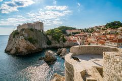 Fort Lovrijenac i ściana Dubrovnik, Chorwacja fotografia stock