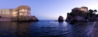 Fort Lovrijenac i Dubrovnik efter solnedgången, Kroatien Arkivbild