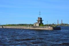 Fort nära Kronstadt, St Petersburg, Ryssland Royaltyfri Bild