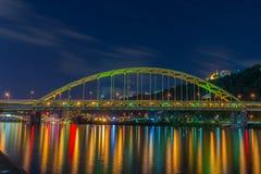 Fort Pitt Bridge, Pittsburgh, PA stockfotos