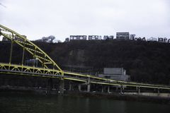 Fort Pitt Tunnel à Pittsburgh du centre Photos stock