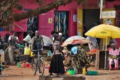 Fort Portal slumkvarter, Uganda Arkivfoto