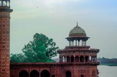 Fort przed Taj Mahal W Agra Zdjęcia Stock