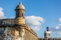 Fort San Felipe Del Morro i San Juan, Puerto Rico på soluppgång royaltyfri bild