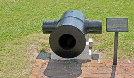 Fort Sumter: 10 duimmortier stock foto's