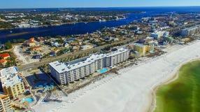 FORT WALTON FL, LUTY, - 2016: Widok z lotu ptaka miasto i żakiet f zdjęcia stock