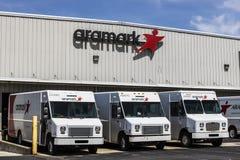 Fort Wayne - Circa April 2017: Aramark likformigservice Aramark är en foodservice, lättheter och en enhetlig servicefamiljeförsör Royaltyfri Bild