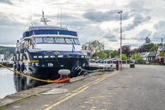 Fort William , Scotland - May 19 2017 : Lord of the glens anchoring in the harbour of Fort William. FORT WILLIAM , SCOTLAND - MAY 19 2017 : Lord of the glens stock image