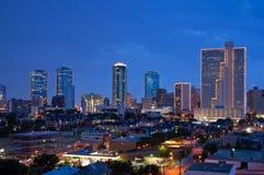 Fort Worth Texas på natten Arkivfoton