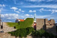 Fortalecimiento de la pared de la ciudad de la ciudad vieja de Bratislava Imagenes de archivo