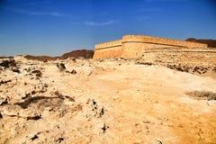 Fortalecimiento empleado la duna fosilizada en Cabo de Gata fotografía de archivo
