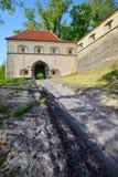 Fortalecimiento y castillo medievales viejos Riegersburg, Austria Foto de archivo