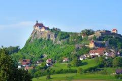Fortalecimiento y castillo medievales viejos Riegersburg, Austria Fotografía de archivo