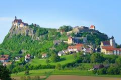 Fortalecimiento y castillo medievales viejos Riegersburg, Austria Imagen de archivo libre de regalías