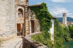 Fortalecimientos de Cividale del Friuli fotografía de archivo