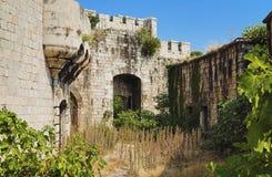 Fortaleza abandonada Imagenes de archivo