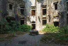 Fortaleza abandonada Imágenes de archivo libres de regalías